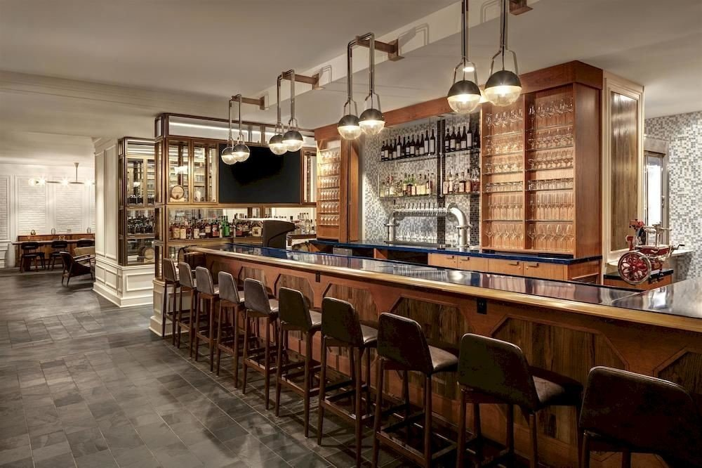 Bar Dining Drink Eat Elegant Hip Luxury property restaurant Lobby