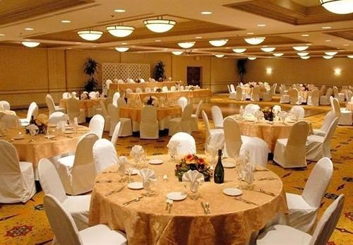 Bar Dining Drink Eat Luxury function hall banquet Party scene wedding reception ballroom event restaurant convention center