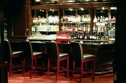 Bar Dining Drink Eat Hip Luxury restaurant dining table