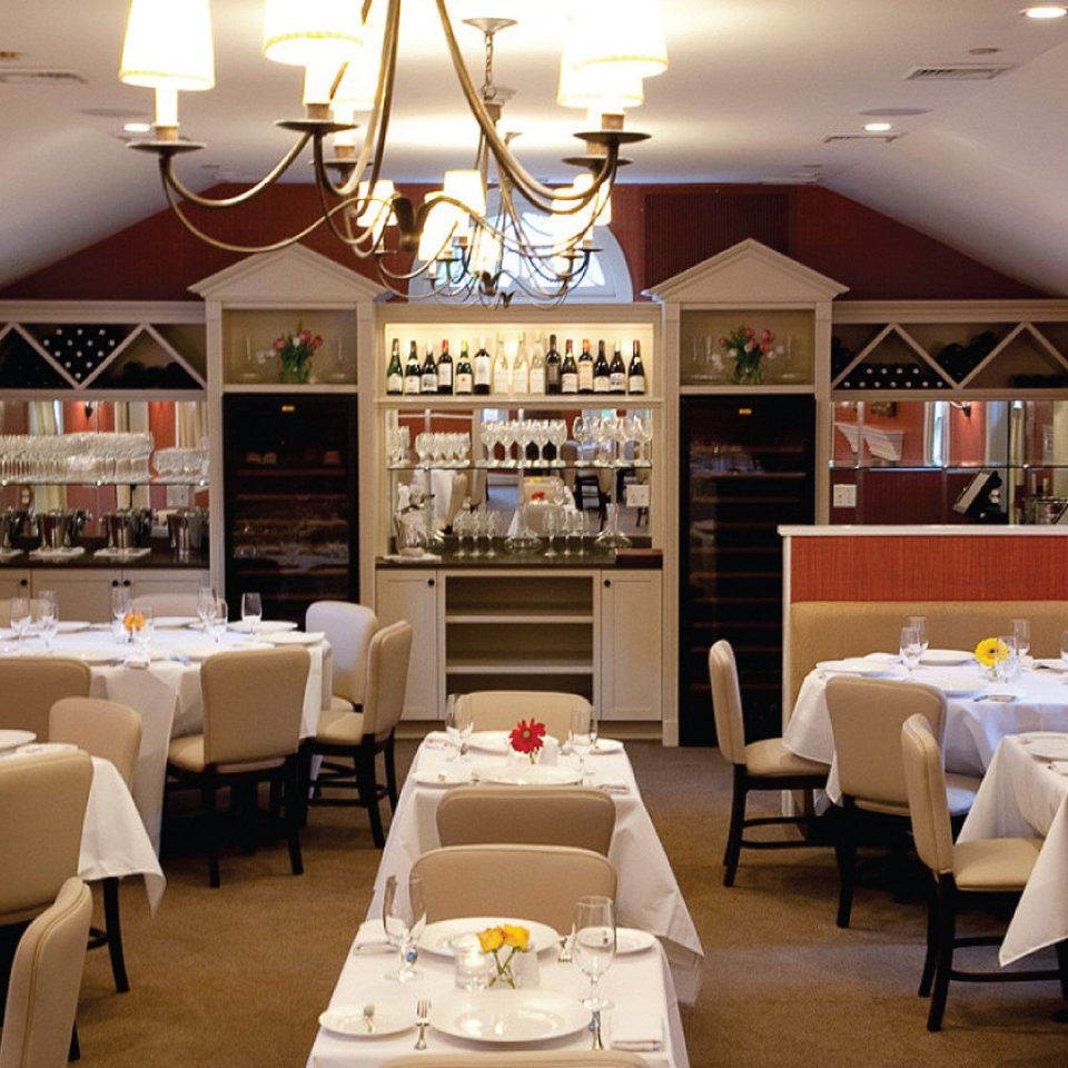 Dining Drink Eat Inn restaurant function hall white brunch Bar