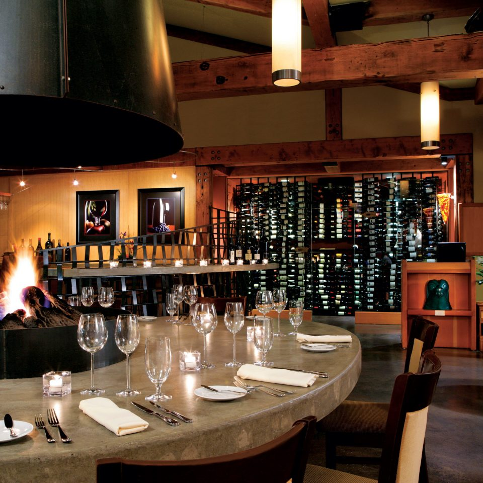 Bar Dining Drink Eat Fireplace Lodge Resort Romance Romantic Rustic Wine-Tasting restaurant function hall