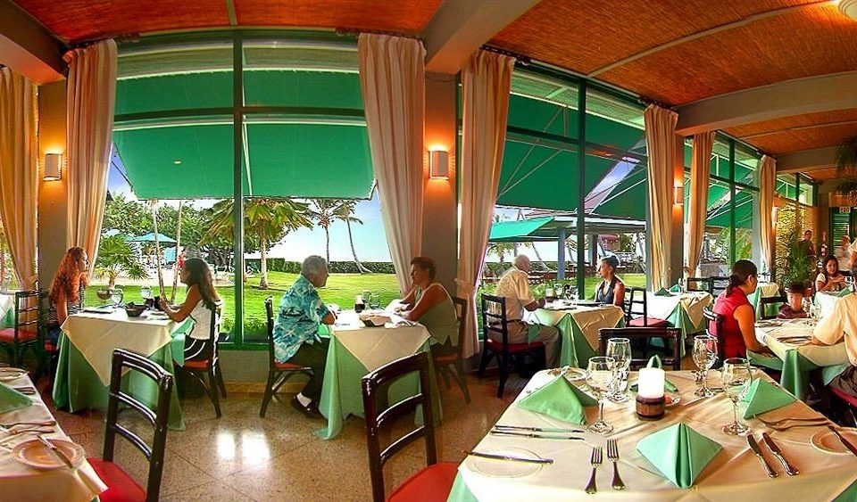 Dining Drink Eat Resort leisure restaurant green Bar dining table Family