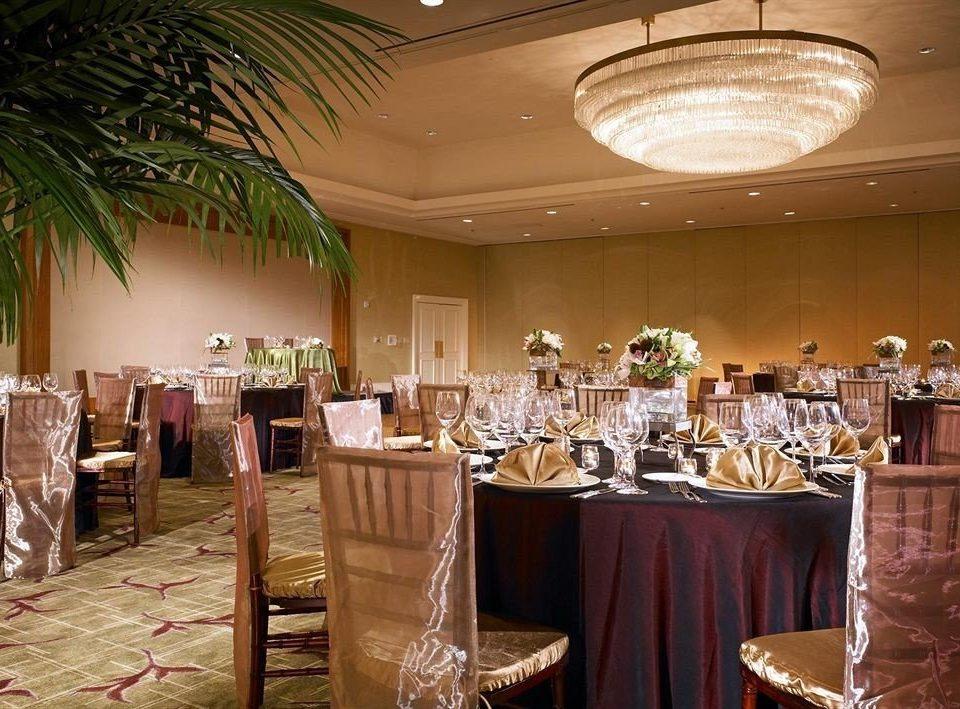 Bar Dining Drink Eat restaurant function hall ballroom banquet dining table