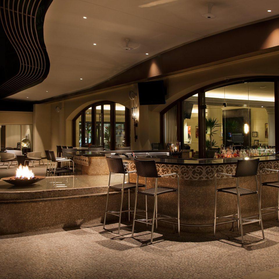 Bar Dining Drink Eat Firepit Resort Lobby lighting restaurant function hall ballroom set