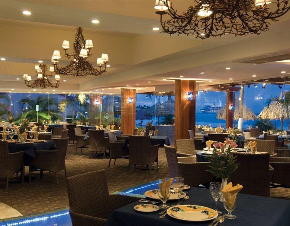 Bar Dining Drink Eat Lounge Modern restaurant function hall Lobby convention center Resort ballroom