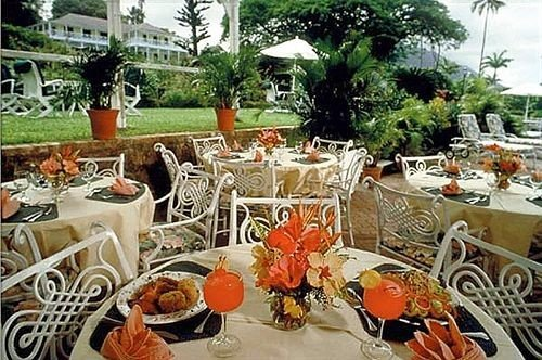 Bar Dining Drink Eat Lounge Tropical buffet restaurant brunch banquet Resort dining table