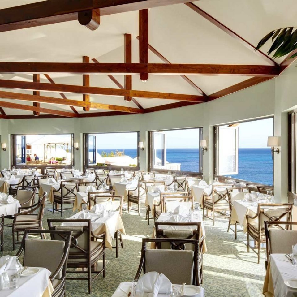 Bar Dining Drink Eat Hotels Scenic views property restaurant Resort Villa home function hall cottage