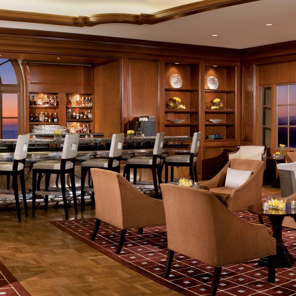 Bar Dining Drink Eat Elegant Modern Scenic views chair restaurant function hall Lobby
