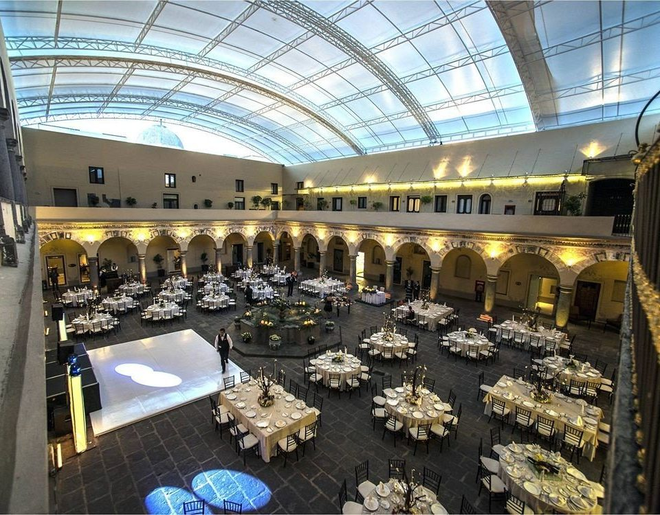 Bar Dining Drink Eat Elegant Luxury building retail convention center arena shopping mall auditorium tourist attraction