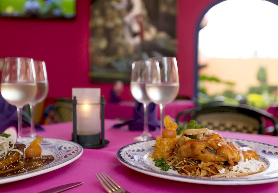 Bar Dining Drink Eat Hip Lounge Modern plate food restaurant breakfast brunch lunch dinner sense cuisine