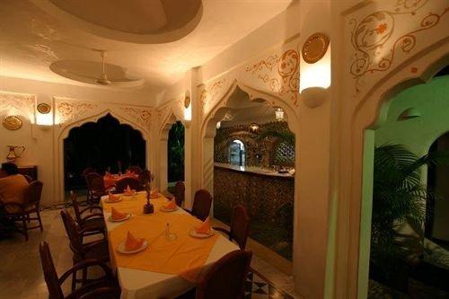 Bar Dining Drink Eat Romantic Rustic property restaurant Resort mansion hacienda Villa
