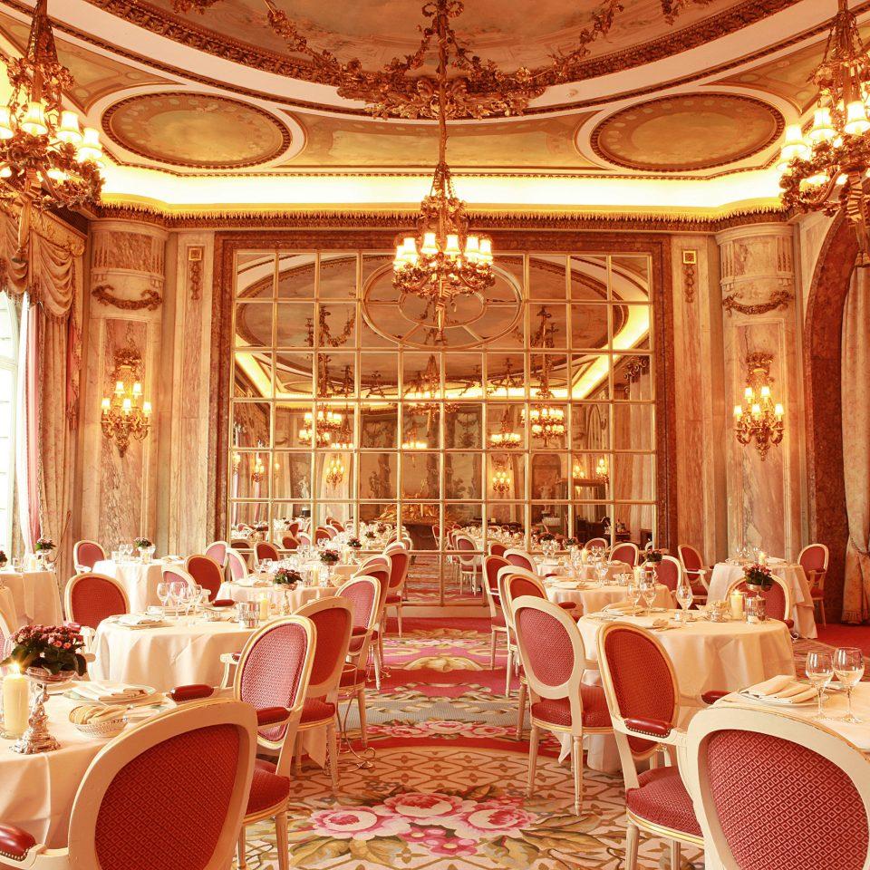 Bar Dining Drink Eat Elegant Luxury function hall ballroom wedding ceremony banquet wedding reception palace