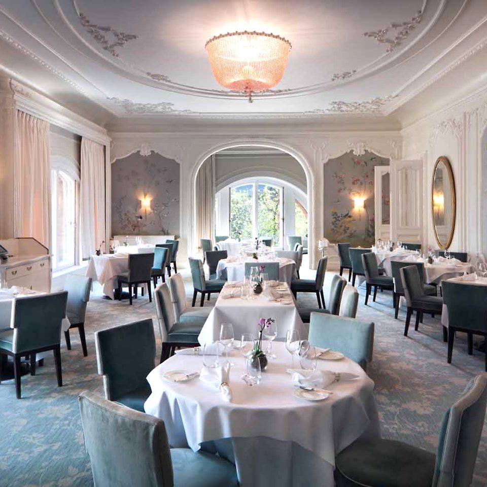 Bar Dining Drink Eat Hip Luxury Modern function hall restaurant ballroom palace mansion Resort