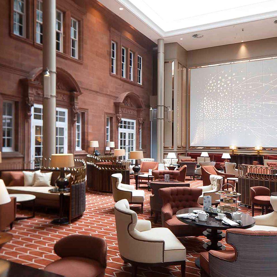 Bar Dining Drink Eat Hip Luxury Modern restaurant café function hall Lobby
