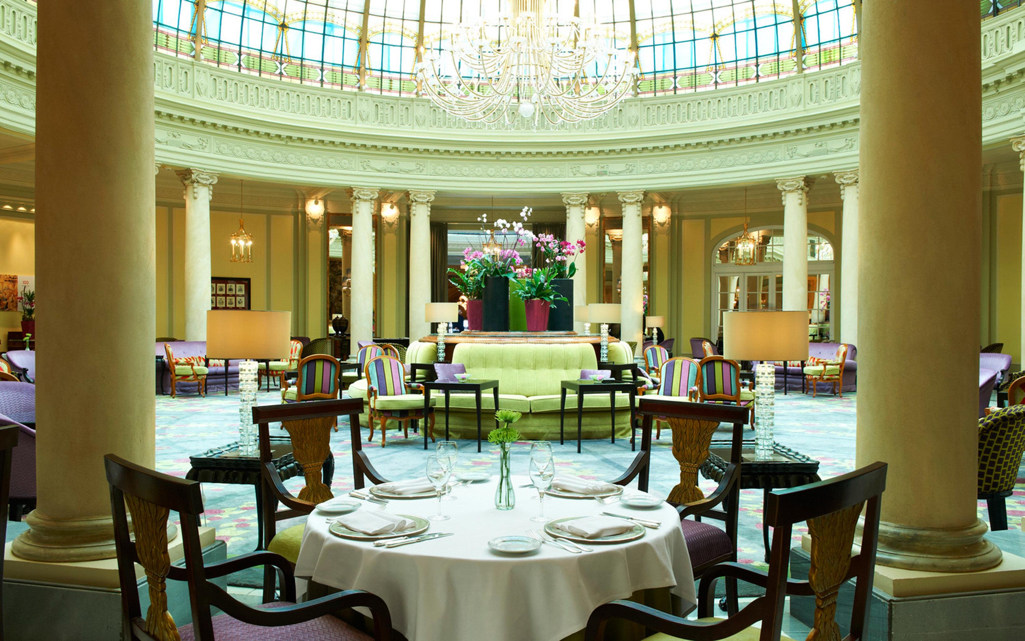 Bar Dining Drink Eat Elegant chair function hall restaurant palace Lobby Resort ballroom convention center set