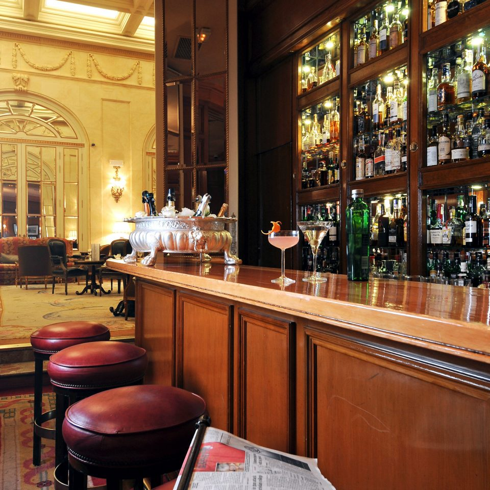 Bar Dining Drink Eat Elegant Historic Hotels Madrid Spain restaurant café coffeehouse