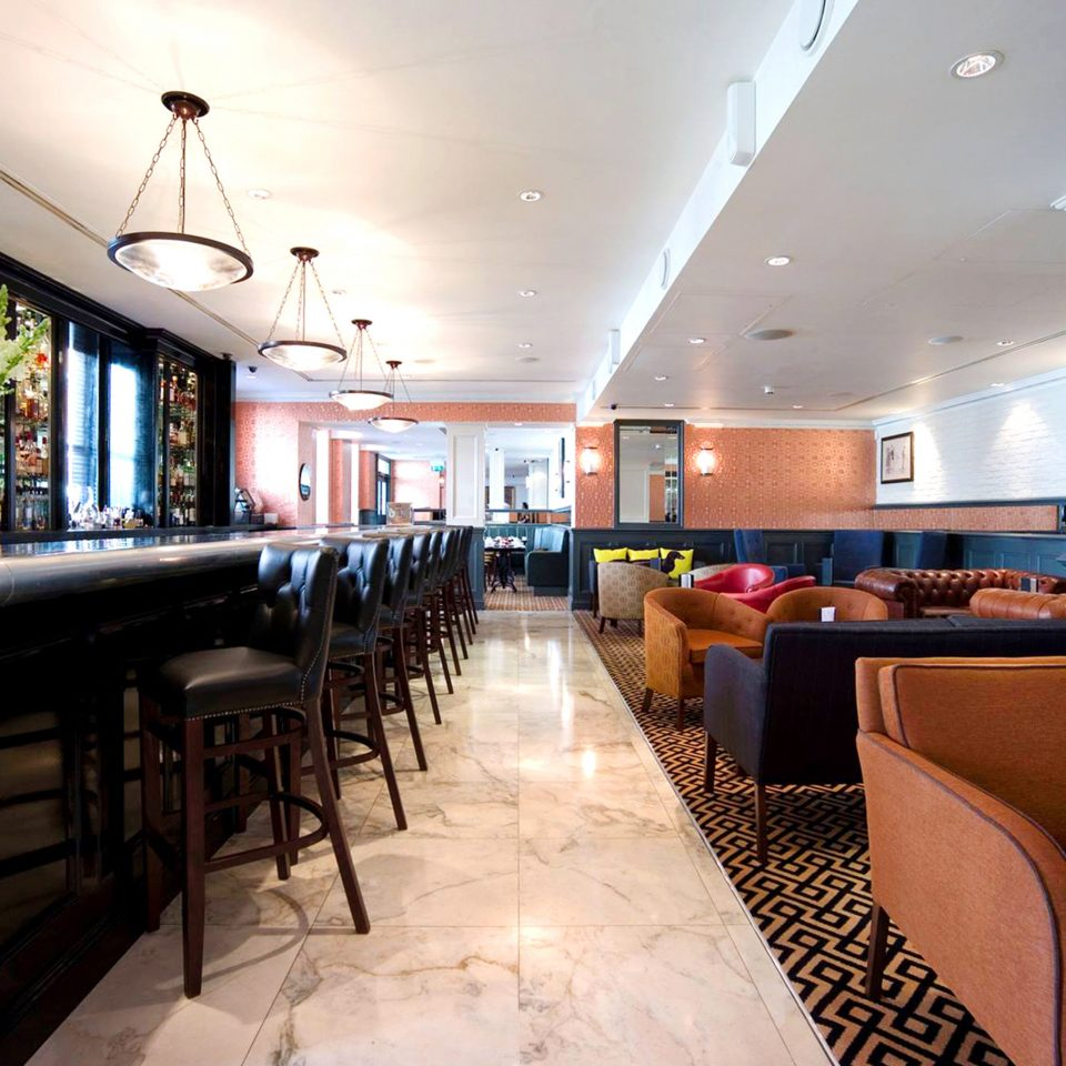 Bar Dining Drink Eat Elegant Scenic views property Lobby restaurant Resort condominium