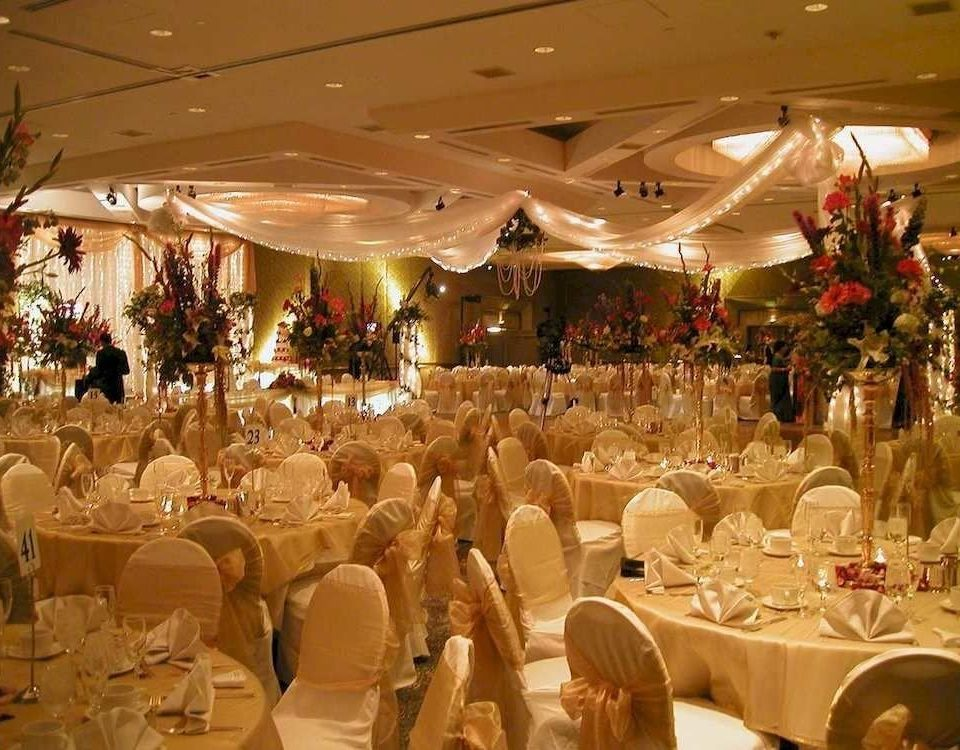Bar Dining Drink Eat Elegant function hall banquet wedding ceremony wedding reception ballroom dinner Party event restaurant