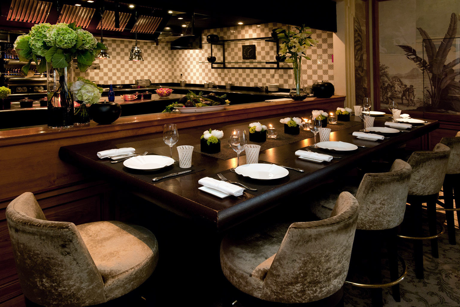 Bar Dining Drink Eat Elegant Luxury restaurant Island
