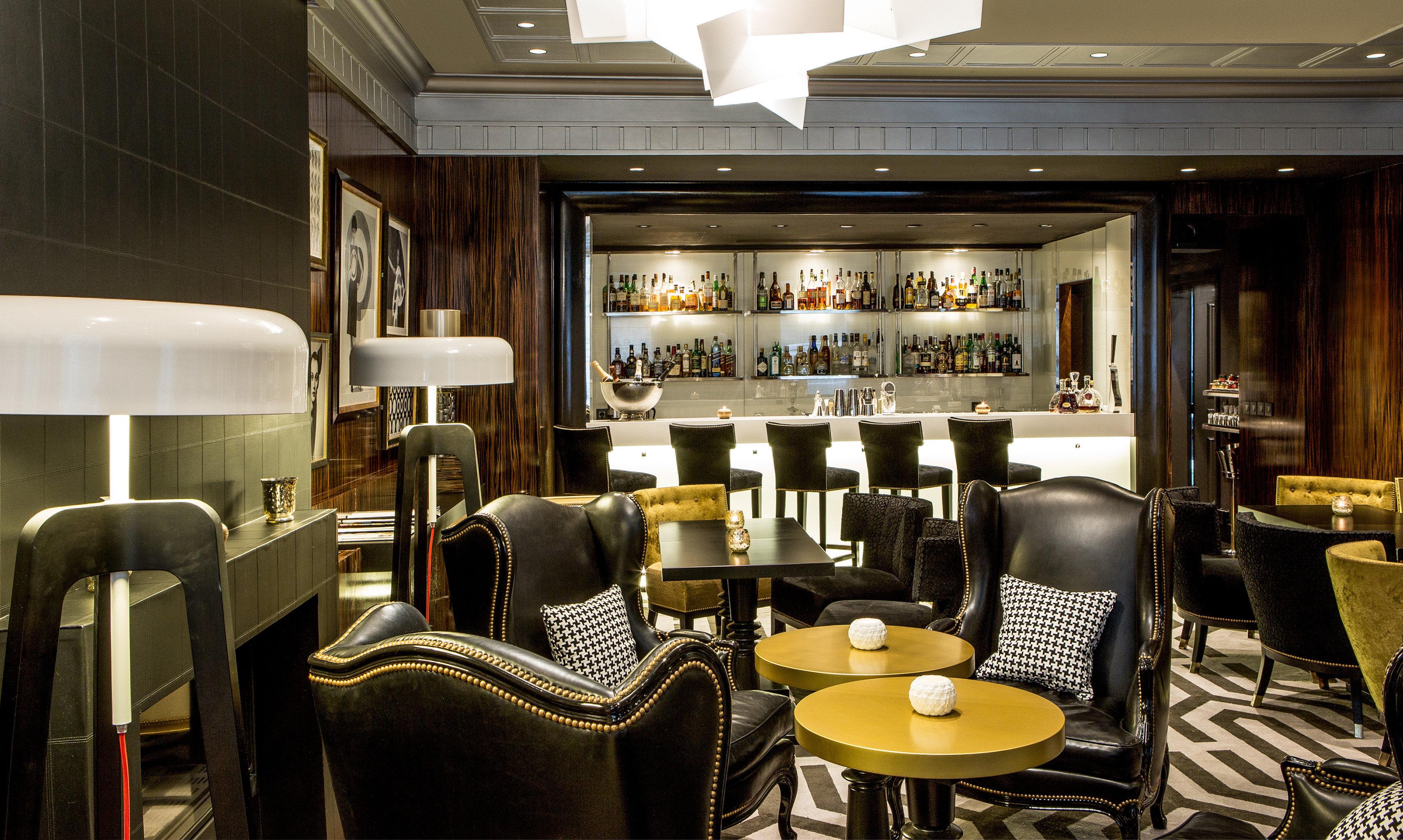 Bar Dining Drink Eat Elegant Lounge Luxury Modern chair restaurant Lobby café set cluttered