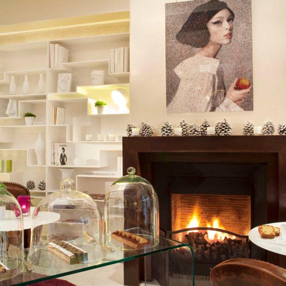 Bar Dining Drink Eat Hip Luxury Modern living room home Fireplace