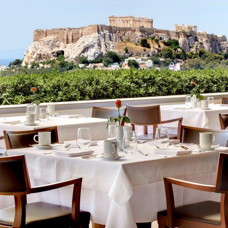 Bar Dining Drink Eat Elegant Luxury property restaurant Resort set dining table