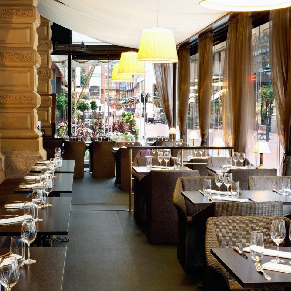 Dining Drink Eat Elegant Modern restaurant café brunch Bar coffeehouse