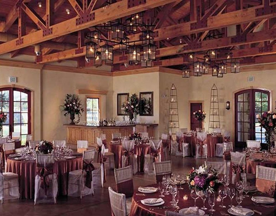 Bar Dining Drink Eat Wine-Tasting function hall restaurant ballroom banquet wedding reception dining table