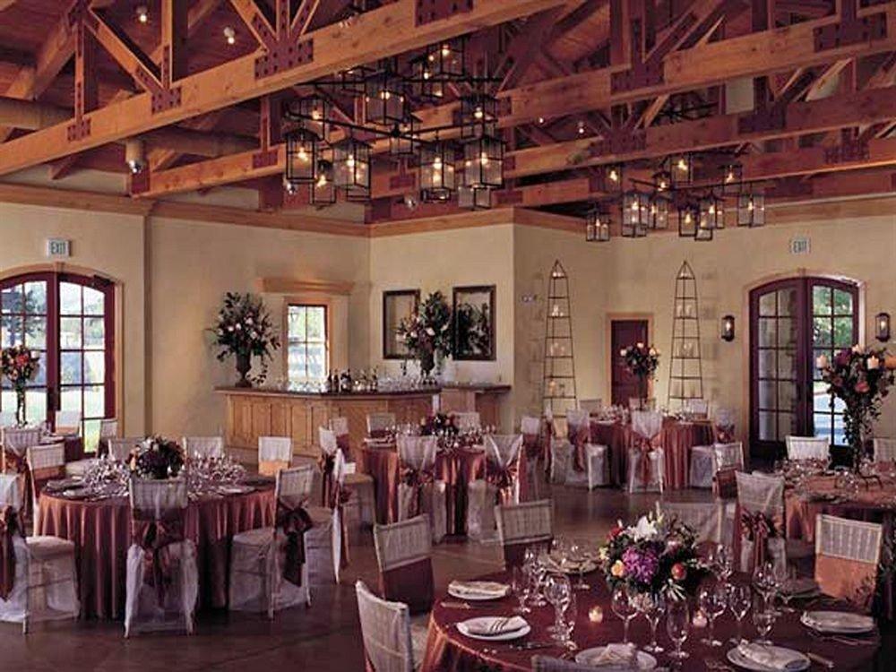 Bar Dining Drink Eat Wine-Tasting function hall restaurant ballroom banquet wedding reception dining table