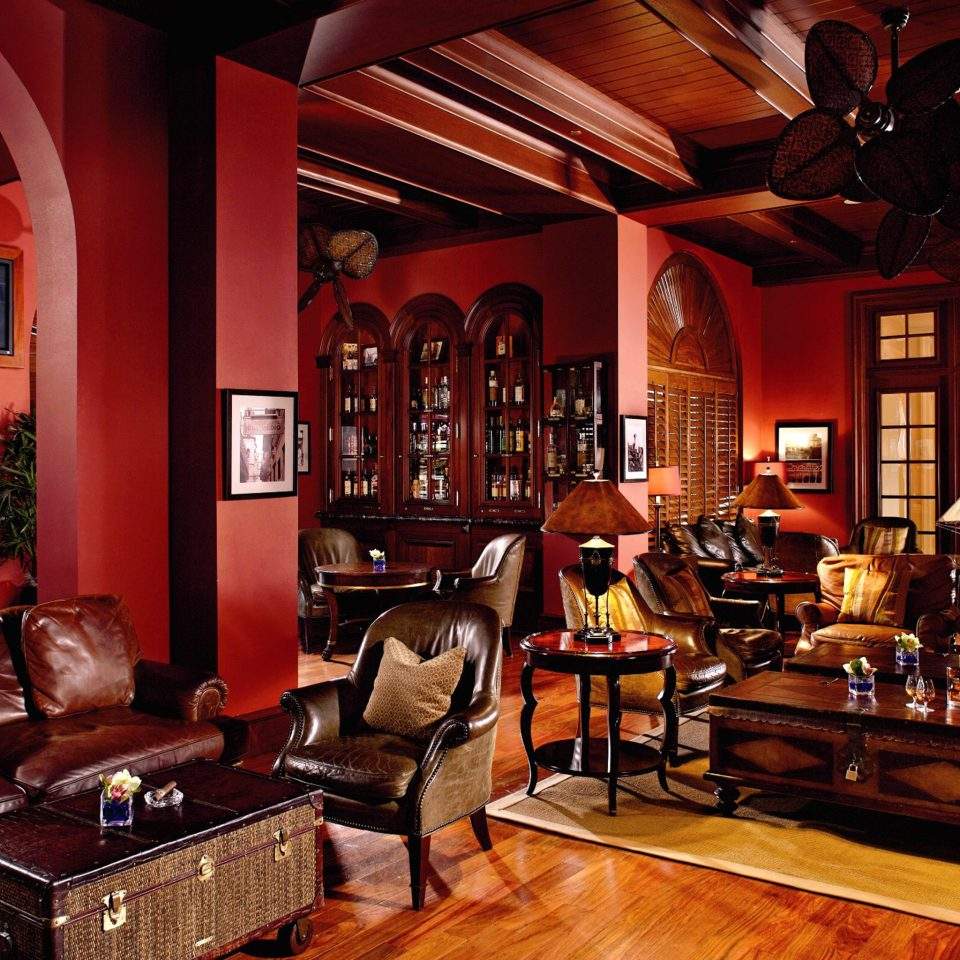 Bar Dining Drink Eat Elegant Luxury Scenic views building recreation room living room restaurant leather