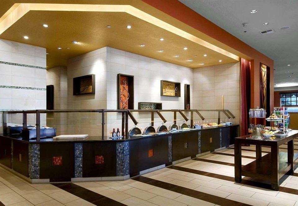 Bar Dining Drink Eat Lounge Lobby restaurant recreation room condominium living room Island
