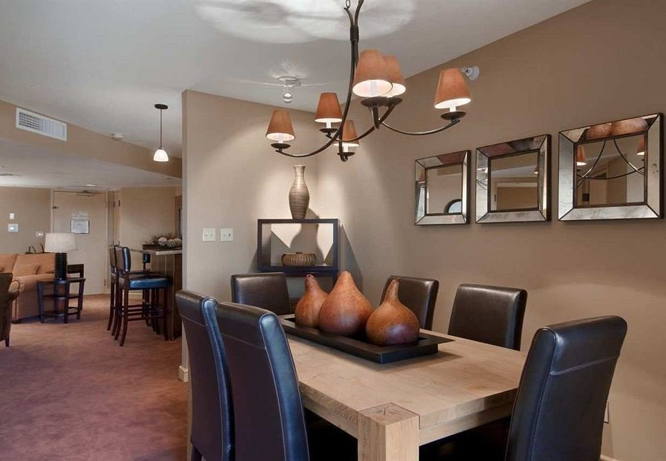 Bar Dining Drink Eat Lounge chair property living room home condominium Modern leather
