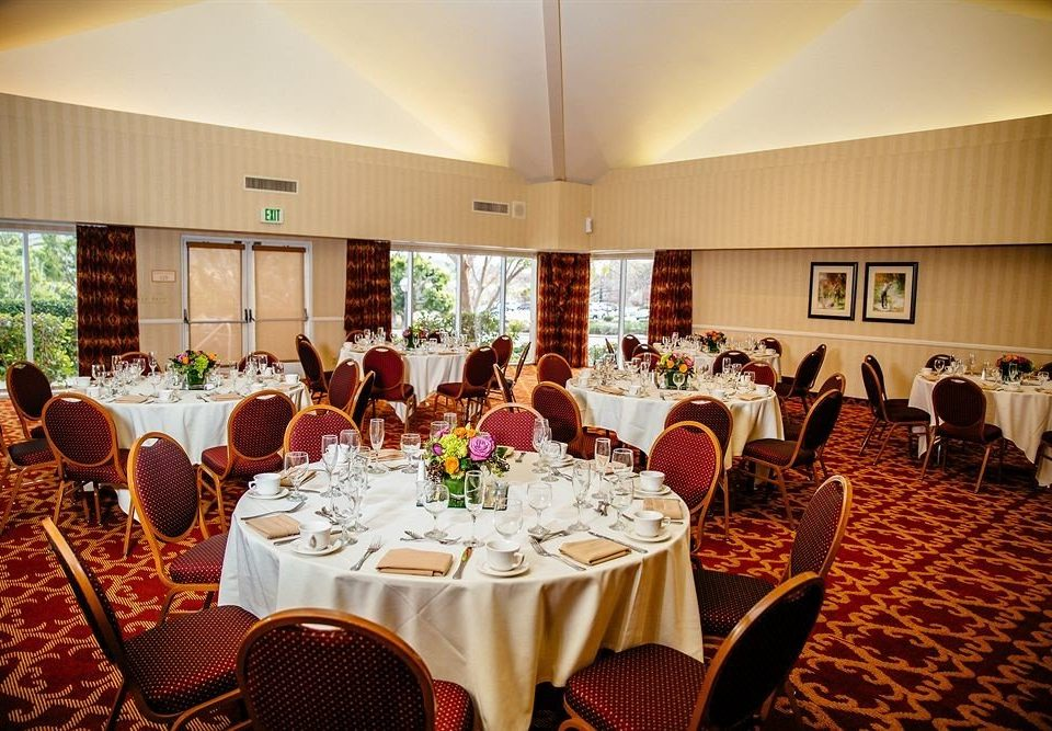 Bar Dining Drink Eat Hip function hall banquet restaurant wedding ceremony wedding reception ballroom dining table