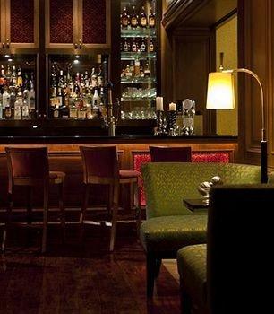 Bar Dining Drink Eat Luxury restaurant night dining table