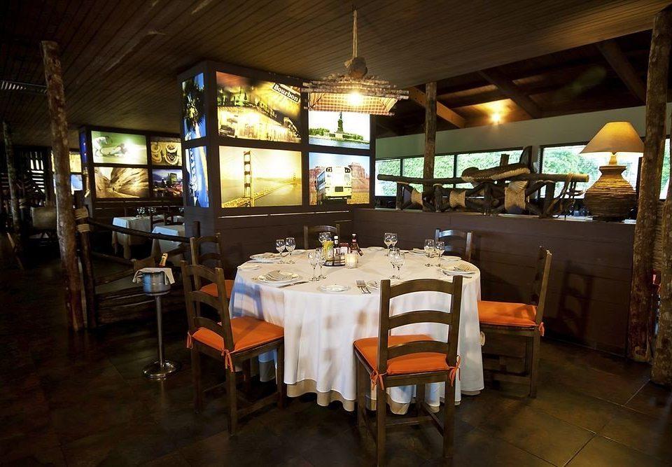 Bar Dining Drink Eat Modern restaurant tavern