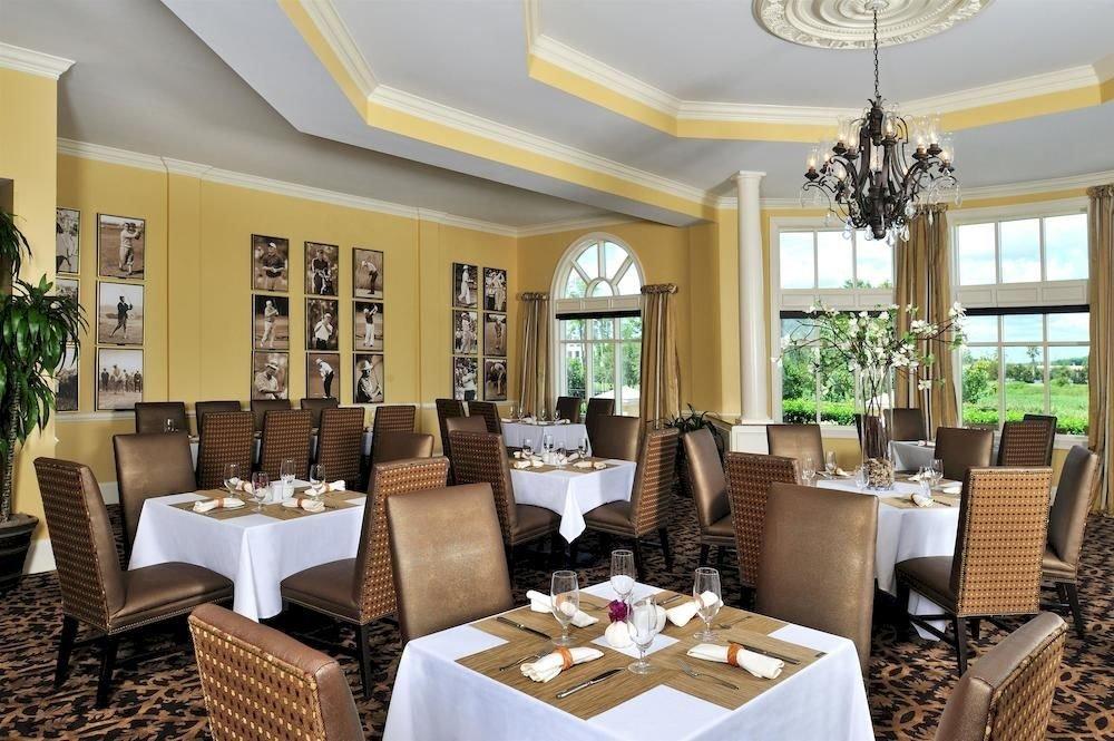 Bar Dining Drink Eat Luxury property chair living room home restaurant Resort condominium Villa