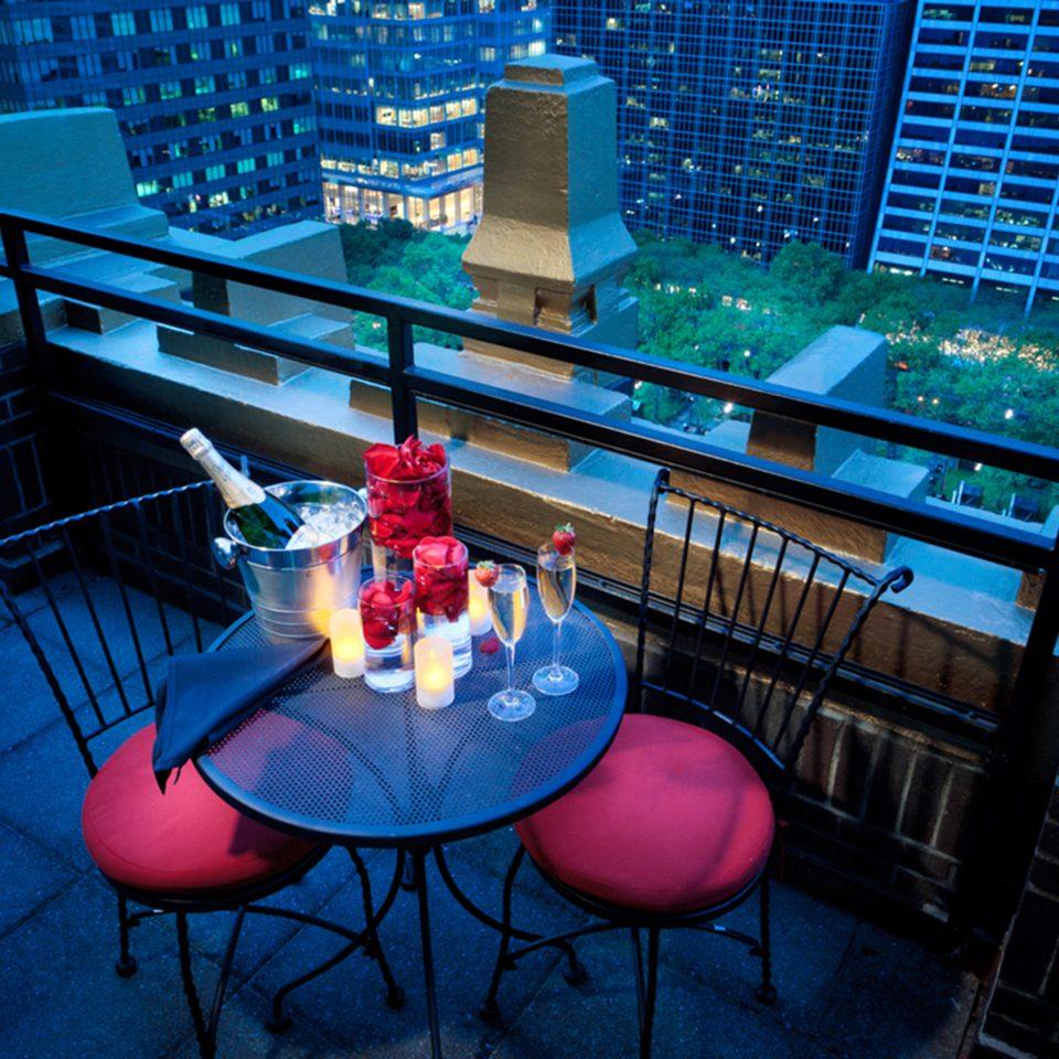 Bar Dining Drink Eat Hip Modern chair blue night screenshot theatre