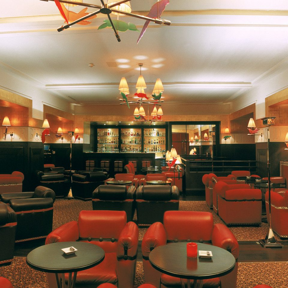 Bar Dining Drink Eat restaurant Lobby function hall café recreation room