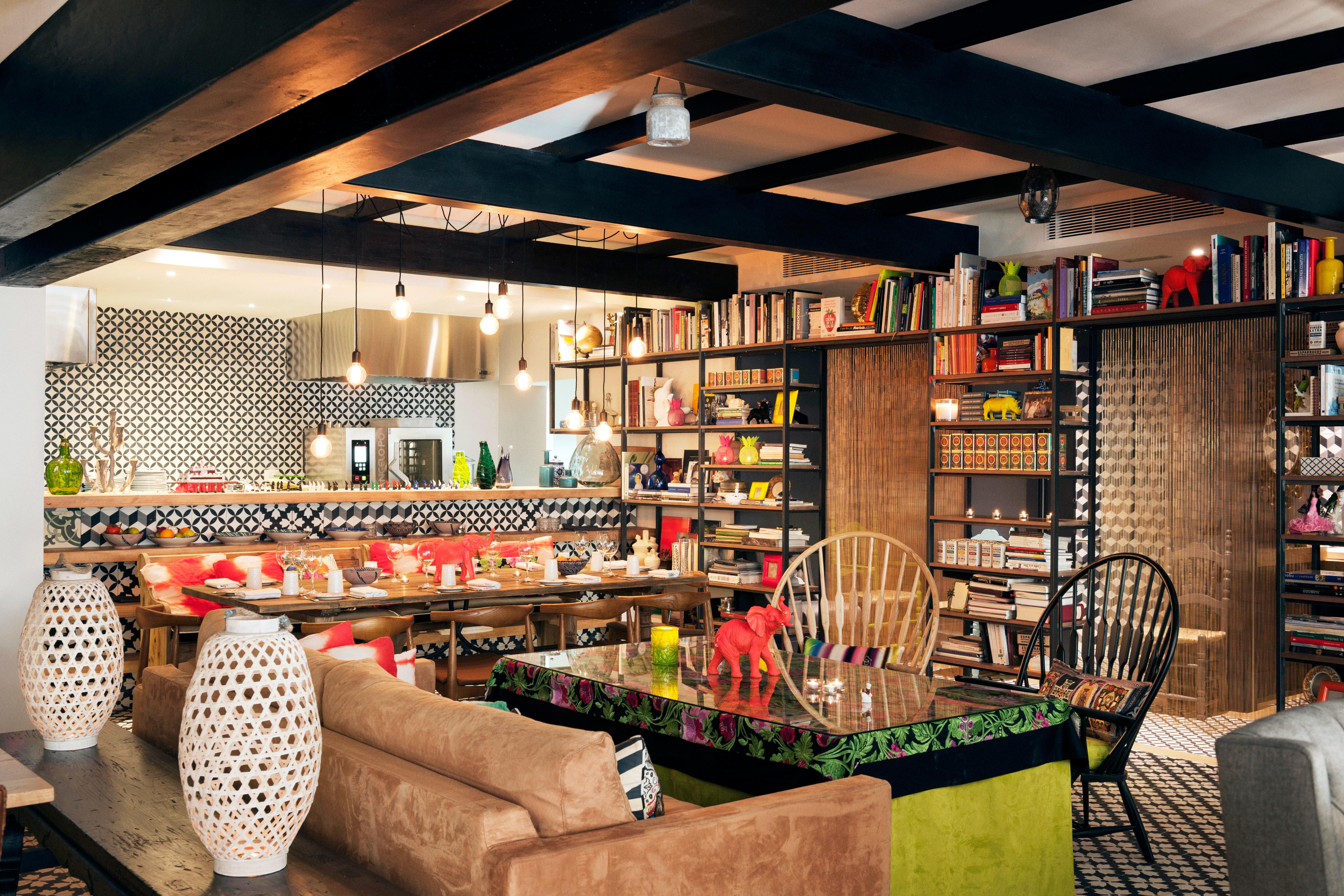 Bar Dining Drink Eat Hip Luxury Modern grocery store restaurant retail