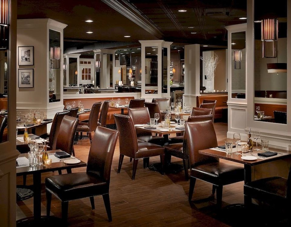 Bar Dining Drink Eat Elegant Hip Lounge restaurant café coffeehouse dining table