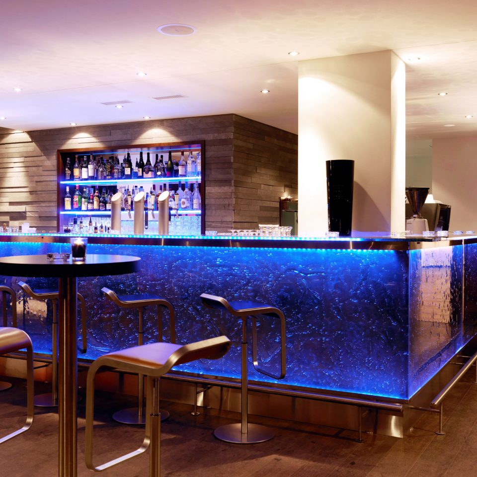 Bar Dining Drink Eat Elegant Luxury Modern recreation room Lobby restaurant