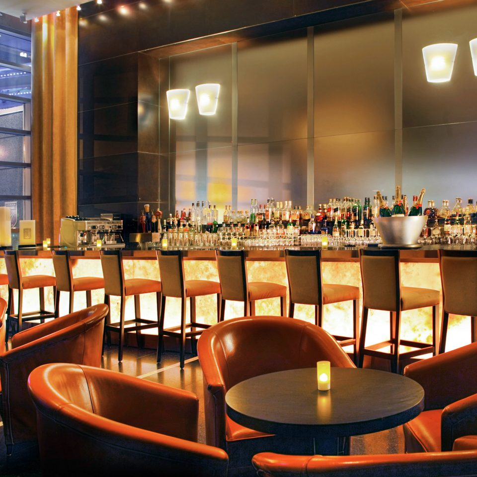 Bar Drink Eco Nightlife Resort chair Dining restaurant function hall set dining table