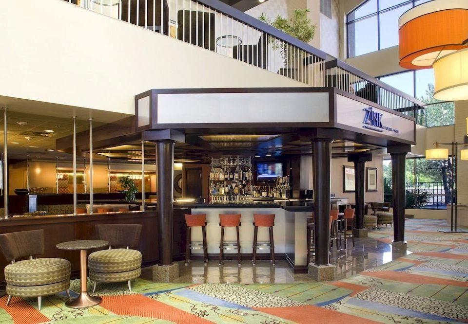 Bar Drink Lounge Resort property building plaza condominium restaurant Dining Lobby