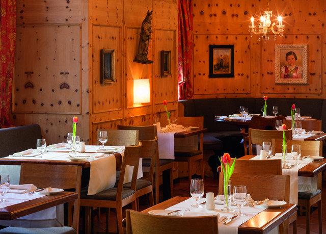 restaurant function hall Dining Bar