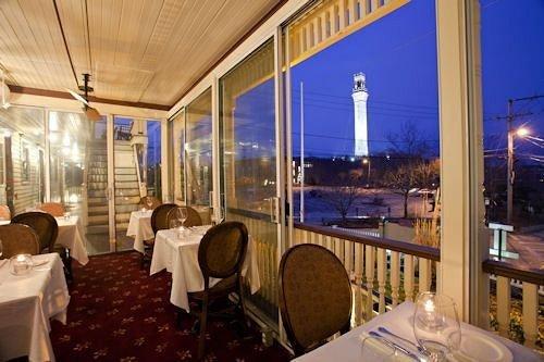 Dining Inn property restaurant Resort Lobby condominium Bar