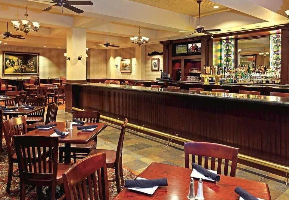 chair Dining Bar restaurant billiard room recreation room café function hall Island dining table