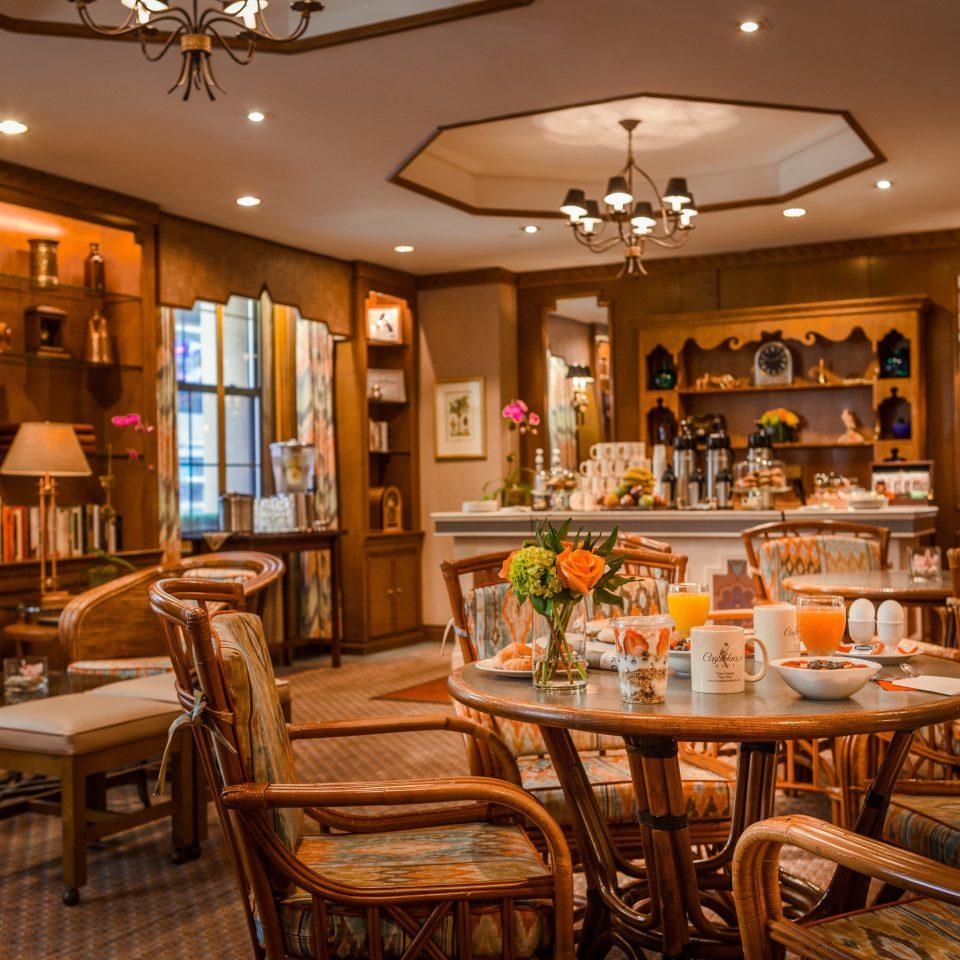 restaurant Dining café Bar Island dining table