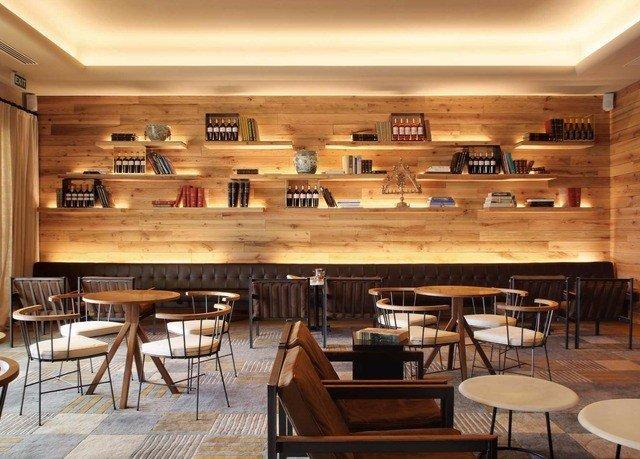 chair Kitchen Dining scene wooden restaurant Bar cuisine set Island