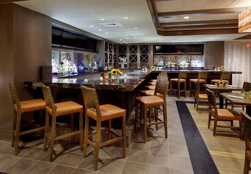 property chair Kitchen Dining restaurant Bar café recreation room Resort cafeteria Island