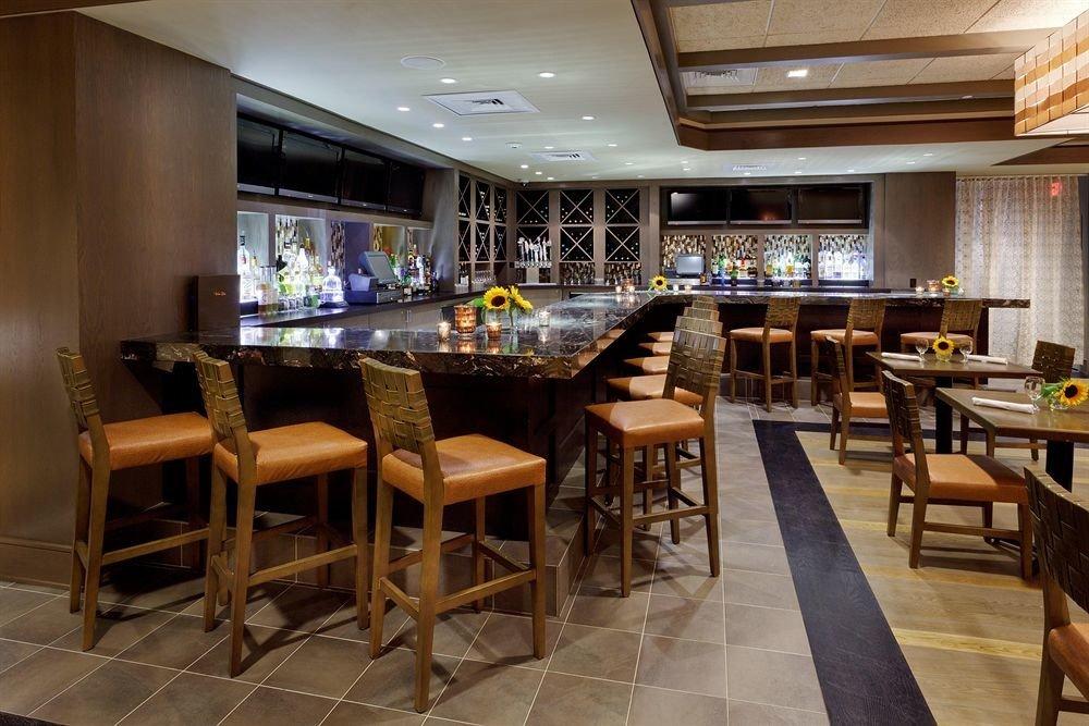 property chair Kitchen Dining restaurant Bar café recreation room Resort cafeteria Island